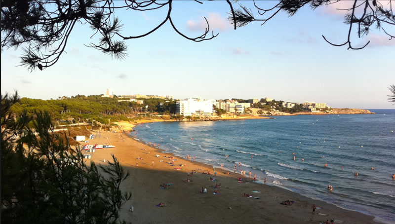 playa-larga-Salou